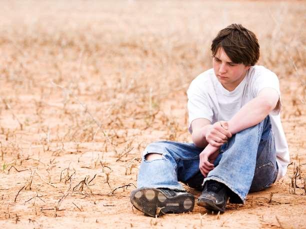 άντρας συναισθήματα ουδέτερο θλίψη σκέψη
