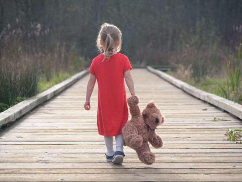 Οι «δηλητηριώδεις» γονείς και πώς προβάλλουν τις διαταραχές τους στα παιδιά