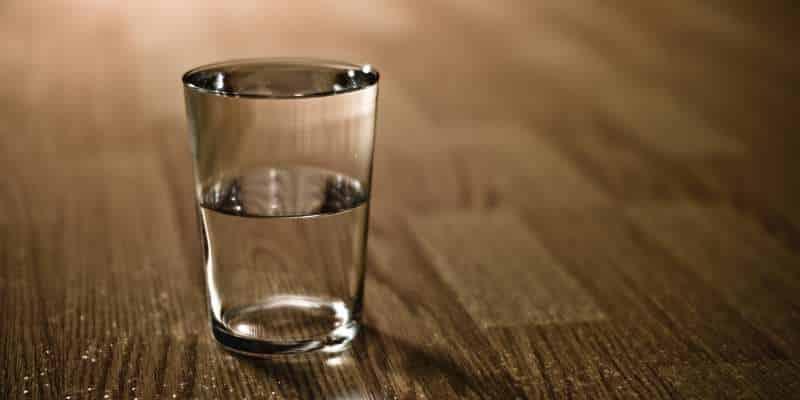 Αδειάζοντας το ποτήρι