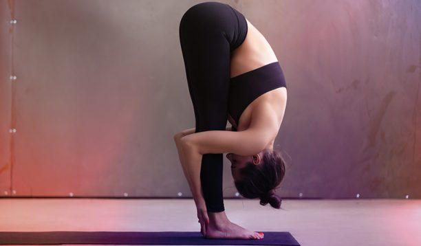 http://enallaktikidrasi.com/2017/06/staseis-yoga-katapolemisete-ponokefalous/
