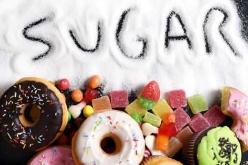 Πώς να αποτοξινώσετε τον οργανισμό σας από καφεΐνη, ζάχαρη και άσπρο αλεύρι σε 7 μέρες