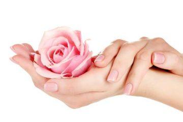 Ένα θεραπευτικό λάδι για όμορφα και νεανικά χέρια