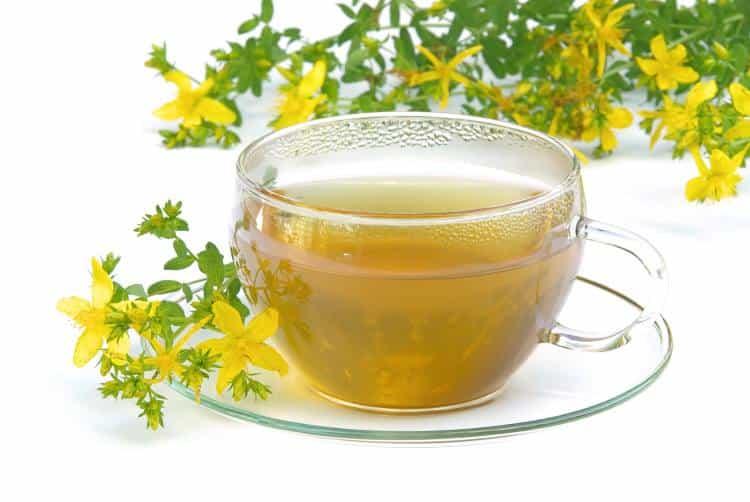 Πώς να χρησιμοποιήσετε το τσάι από βαλσαμόχορτο (Υπερικό)