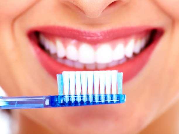 """Οι επιπτώσεις στην υγεία των δοντιών από τα προϊόντα """"χωρίς ζάχαρη"""""""