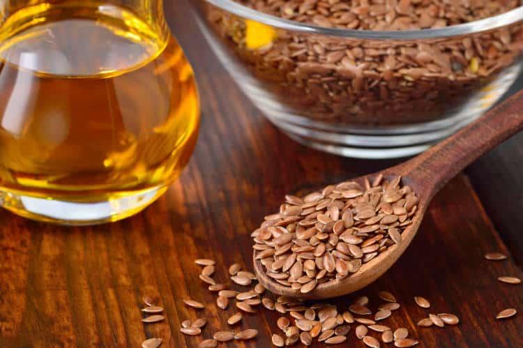 Λινάρι και Λιναρόσπορος: Ιδιότητες, τρόπος χρήσης και θεραπευτικές συνταγές