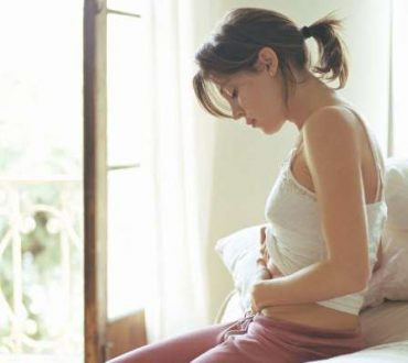 Φούσκωμα στην κοιλιά (μετεωρισμός): Αίτια και διατροφικές συμβουλές