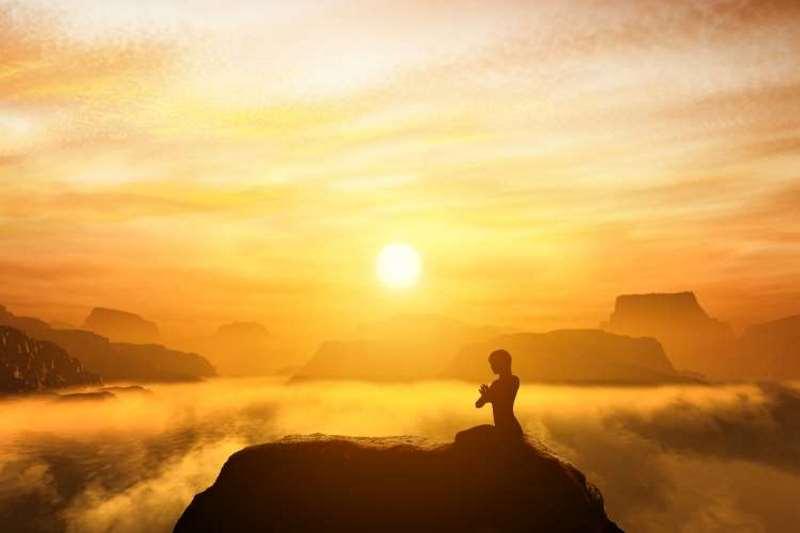 10 χαρακτηριστικά των εξαιρετικά πνευματικών ανθρώπων