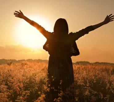 100 απλοί τρόποι για να δείξετε αγάπη στον εαυτό σας!