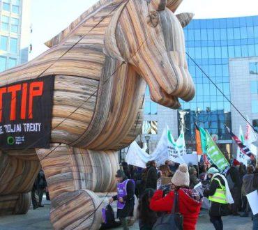 CETA - TTIP: Οι εμπορικές συμφωνίες που κρατούν ομήρους λαούς και κράτη!