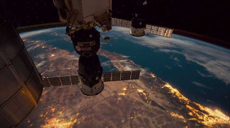 """Space 360"": Πώς είναι να είσαι αστροναύτης στον Διεθνή Διαστημικό Σταθμό"
