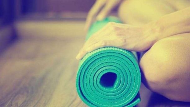 https://enallaktikidrasi.com/2016/12/diaxeirisi-agxous-yoga-cbt-techniques/