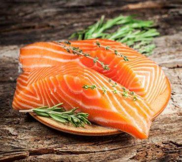 7 απλές τροφές με εκπληκτικά οφέλη για την υγεία μας