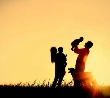 Ενθάρρυνση, επικοινωνία, θετικό παράδειγμα: Η φροντίδα της ψυχικής υγείας των παιδιών μας