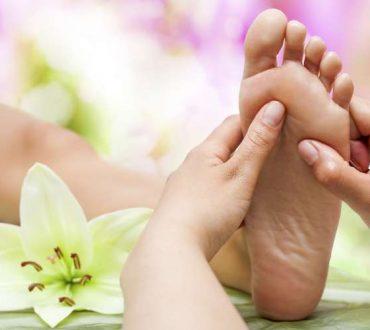 Ρεφλεξολογία: Θεραπεύοντας το ανθρώπινο σώμα από την κορυφή ως τα νύχια