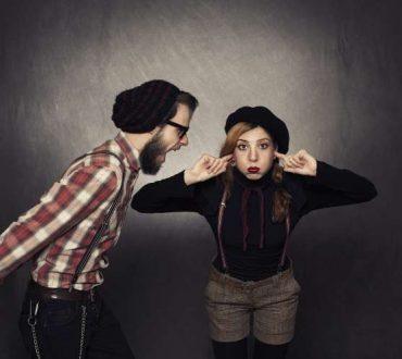 5 σημάδια που μαρτυρούν ότι έχετε να κάνετε με ένα «control freak»