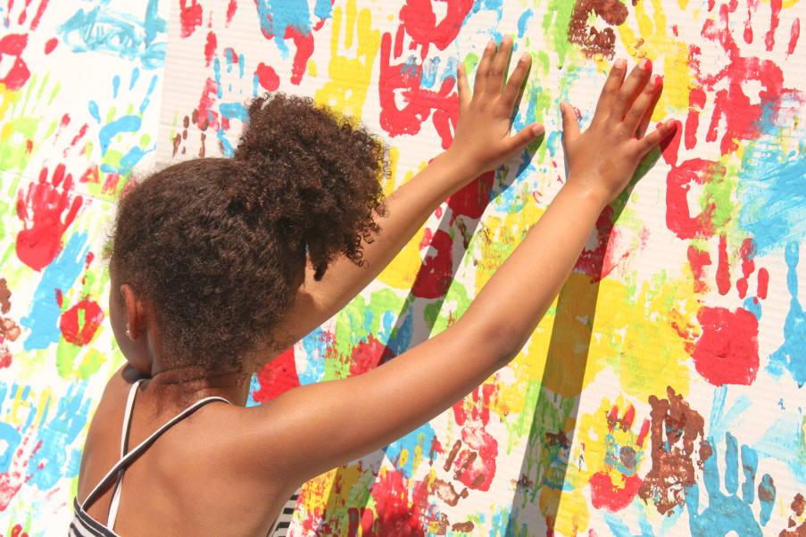 21 τρόποι με τους οποίους η τέχνη λειτουργεί θεραπευτικά και συντονίζει τη σκέψη μας