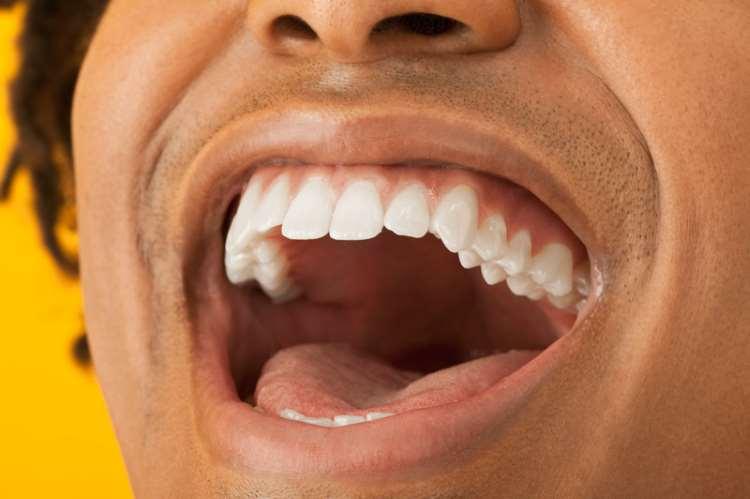 Καρκίνος του στόματος: Πώς να κάνετε αυτοεξέταση (Βίντεο)