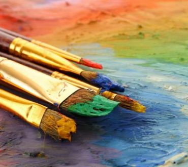 Η τέχνη είναι ένα σφυρί με το οποίο δίνεις μορφή στην πραγματικότητα
