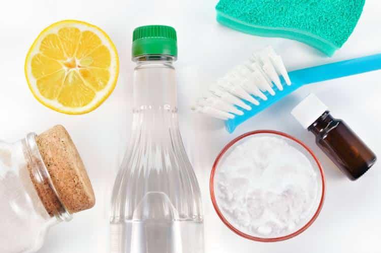Φτιάξτε ισχυρά φυσικά απολυμαντικά για κάθε χρήση