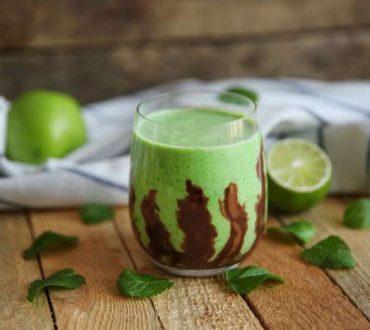 Συνταγή: Καταπραϋντικό smoothie σοκολάτας με μέντα για το στομάχι σας