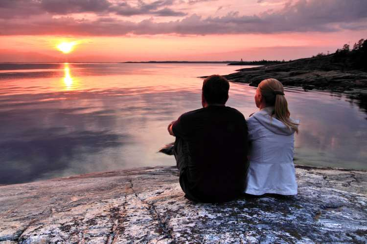 Αν αγαπάς κάποιον επειδή τον χρειάζεσαι, τότε δεν αγαπάς αυτόν, αλλά αυτό που σου δίνει
