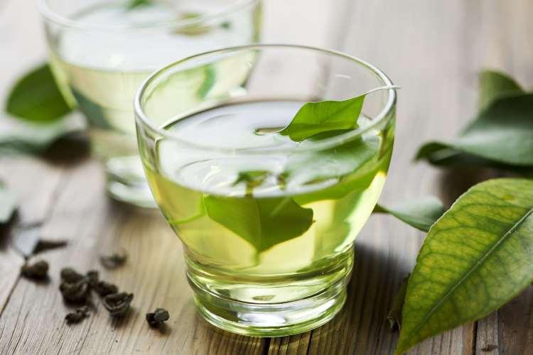 10 ροφήματα που μπορείτε να καταναλώσετε αντί για καφέ