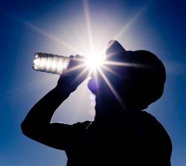 Αφυδάτωση, ηλίαση και θερμοπληξία: Ομάδες υψηλού κινδύνου και τρόποι πρόληψης