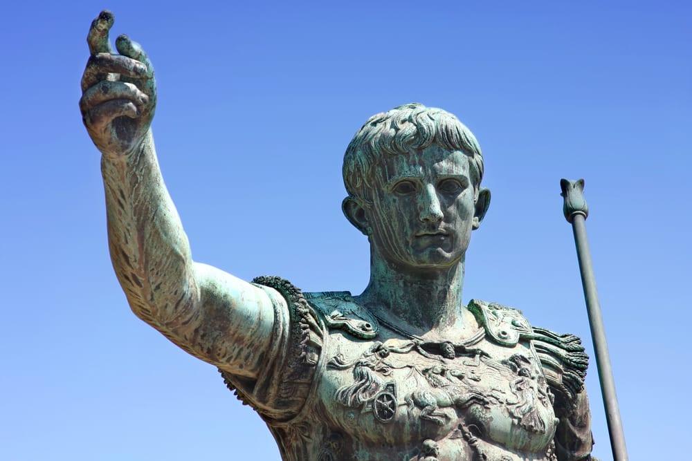 Τι μας δίδαξε ο Ιούλιος Καίσαρας για την ηγεσία και το μάνατζμεντ