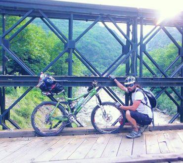 Με ποδήλατο στο μαγικό χωριό Πάντα Βρέχει (Φωτογραφίες και Βίντεο)