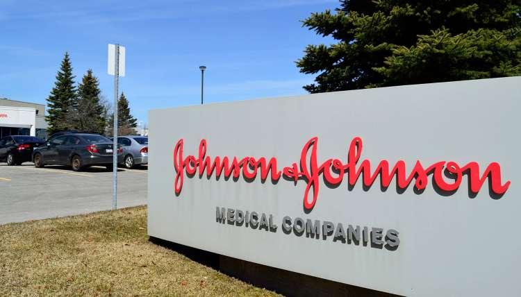 Αποζημίωση μαμούθ της Johnson & Johnson σε γυναίκα που έπαθε καρκίνο από γνωστό προϊόν της εταιρείας