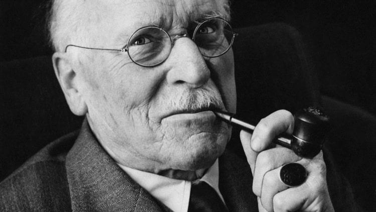 20 πολύτιμα αποφθέγματα από τον Carl Jung για να κατανοήσετε σε βάθος τον εαυτό σας