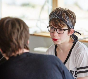 Η αυτιστική Rosie King μας δείχνει την μοναδική πλευρά του αυτισμού