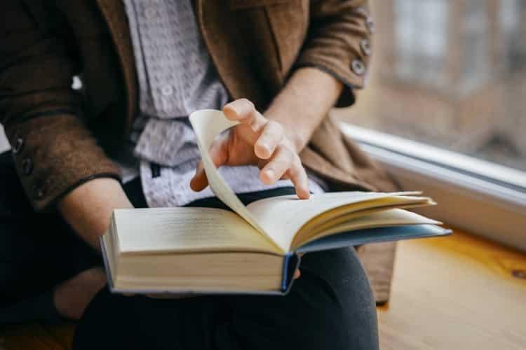 Πώς να διαβάζετε 10 φορές πιο γρήγορα και να συγκρατείτε περισσότερα