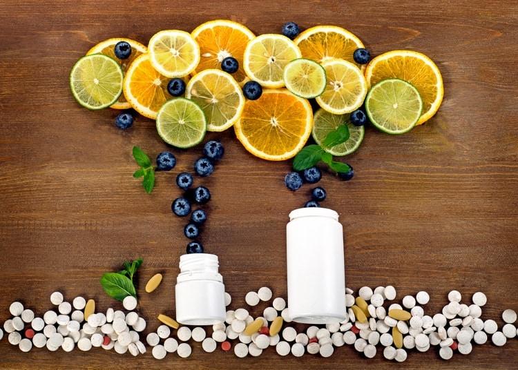 Τα συμπληρώματα διατροφής με αντιοξειδωτικά δεν αντιδοτούν τη χημειοθεραπεία και την ακτινοβολία