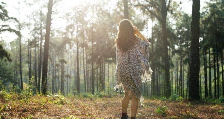 Γεμίζουμε τελικά τόσο πολύ το χρόνο μας για να αποφύγουμε να μείνουμε μόνοι μας;