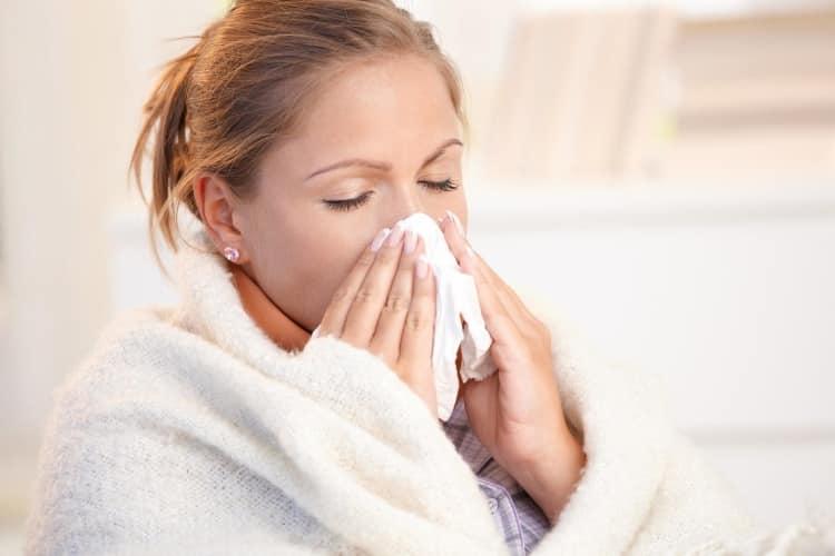 Κρυολόγημα, ίωση και γρίπη: Κοινές και λανθασμένες αντιλήψεις