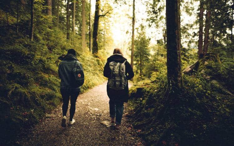 Έρευνα επιβεβαιώνει την κυριότερη προτροπή του Ιπποκράτη για υγεία και μακροβιότητα... το περπάτημα