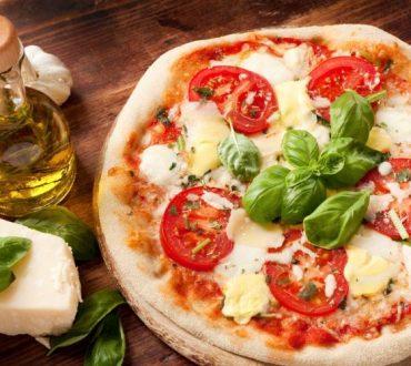 Υπάρχει υγιεινή πίτσα; Αυτές οι 3 συνταγές αποδεικνύουν πως ναι