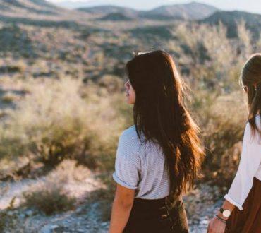 4 δυσλειτουργικά πράγματα που κάνουν οι άνθρωποι για να αποφύγουν την απόρριψη