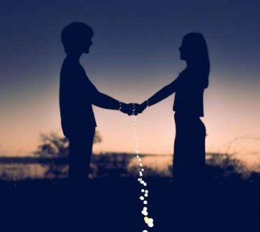Αγάπη είναι να αγαπάς χωρίς να μετανιώνεις...