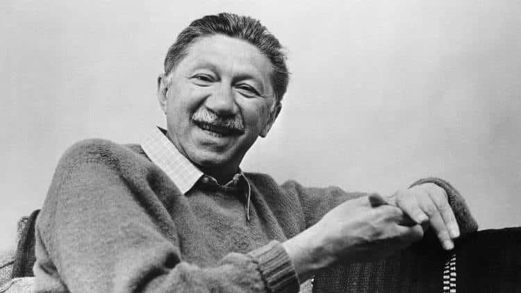 Abraham Maslow: Αν έχεις μόνο ένα σφυρί, τότε τείνεις να βλέπεις όλα τα προβλήματα σαν καρφιά