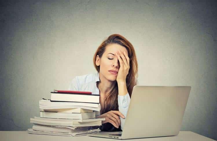 Επινεφριδιακή κόπωση: 8 συμπτώματα και πώς να τα καταπολεμήσετε