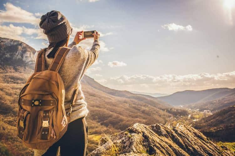 Ας ζήσουμε το σήμερα...γιατί κοιτάζοντας πίσω αυτές οι στιγμές θα είναι η ζωή μας