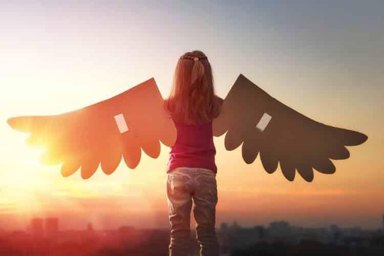 Γονέα σταμάτα να κόβεις τα φτερά των παιδιών σου