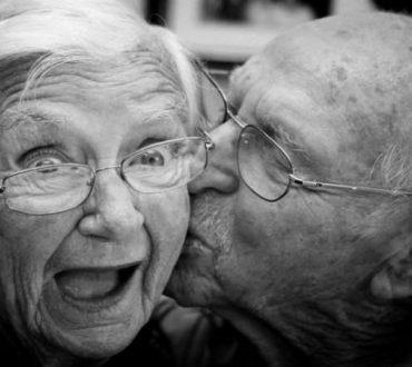 Ζευγάρια με τις πιο μακροχρόνιες σχέσεις στον κόσμο μοιράζονται τα μυστικά της συμβίωσής τους