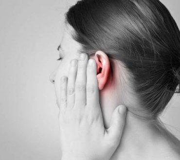 Φυσικοί τρόποι για να ξεβουλώσετε τα αυτιά σας και για να αφαιρέσετε το κερί