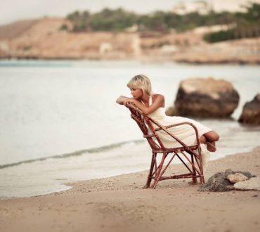Αν μένεις και ελπίζεις για πολύ καιρό, χάνεις τη ζωή που θα μπορούσες να ζεις...