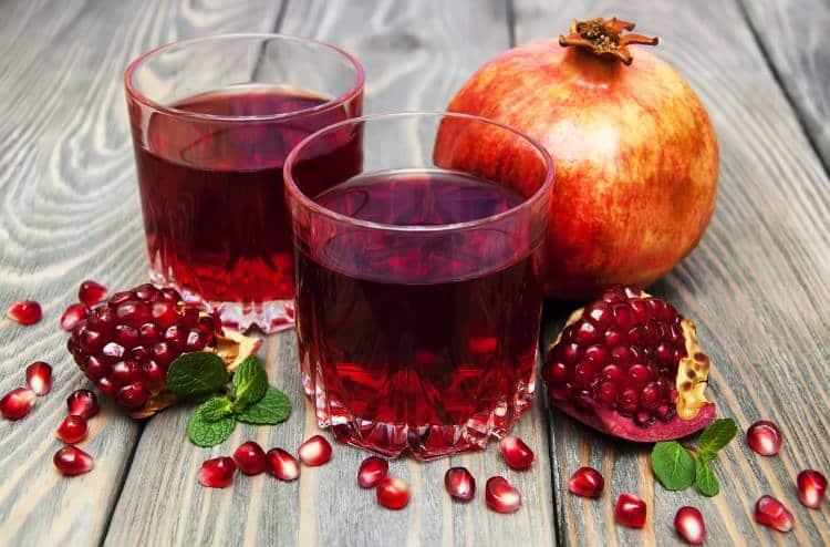 Χυμός ροδιού: 14 λόγοι που θα σας πείσουν να πίνετε ένα ποτήρι την ημέρα