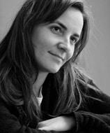 Σοφία Κλότσα, συγγραφέας του βιβλίου Αποφάσισα την Ευτυχία - Συνέντευξη στην Εναλλακτική Δράση