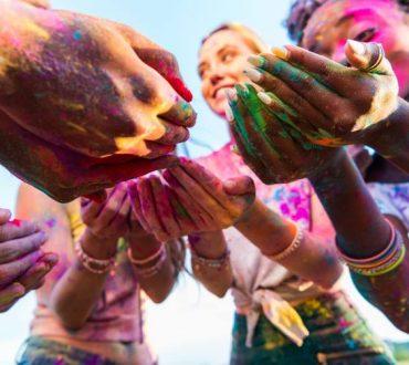 Βάλε λοιπόν χρώμα στη ζωή σου και τόλμησε να σε γνωρίσεις